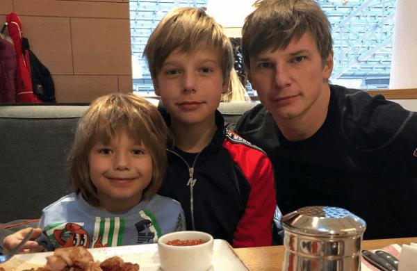 Аршавин увидел своих детей впервые запять лет