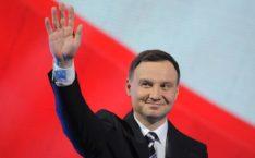 Президент Польши Дуда первым из европейских политиков поздравил Зеленского: «Прошу принять»