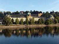 Чешский парламент вторично утвердил налог на реституцию церквям и еврейской общине