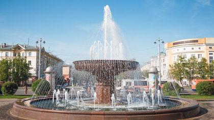Самый высокий фонтан из сгущенки в России запустили в Омской области