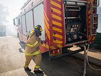 В Меа-Шеарим атакованы пожарные, автомобилю причинен ущерб