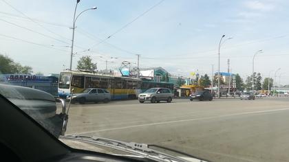 Трамваи столкнулись в Кемерове возле вокзала