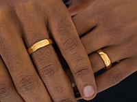 Мэрия Тель-Авива провела свадьбу для 25 однополых пар