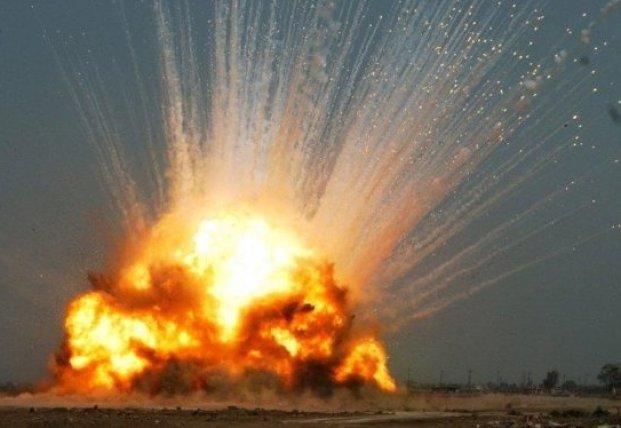 ВСУ нанесли двойной удар по военной технике боевиков на Донбассе (видео)