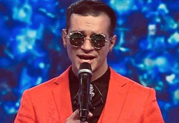 Белорусский певец погиб от удара током во время выступления в санатории