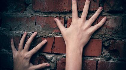 Киселевчанина будут судить за систематические истязания сожительницы