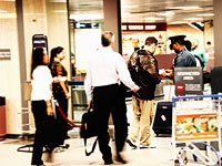 В мексиканском аэропорту задержаны 10 россиян