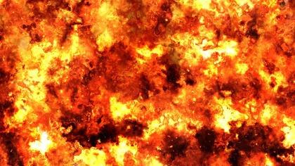 Сильнейший пожар охватил электростанцию в подмосковных Мытищах