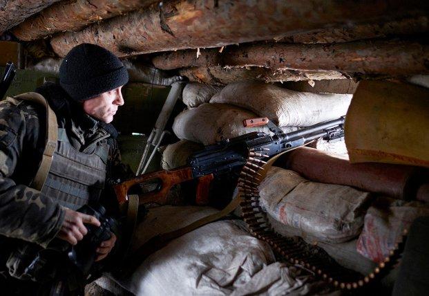 Почему Россия не прекращает обстрелы на Донбассе