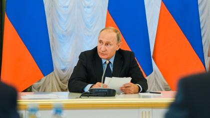 Низкий рост реальных доходов россиян обеспокоил президента Путина