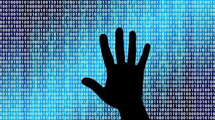 Количество интернет-преступлений в России за год выросло почти в 1,5 раза