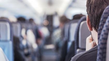 Туристы высказались о платных услугах авиакомпаний