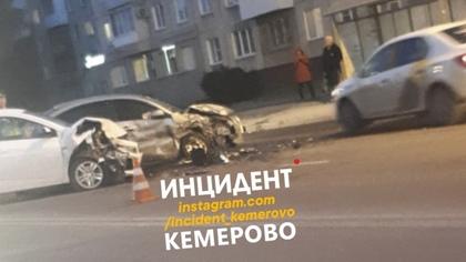 Тройное ДТП произошло в Кемерове