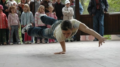 Шестилетний брейкдансер из Новокузнецка победил на чемпионате в Хакасии