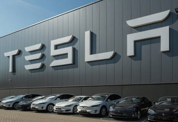 Tesla вышла в прибыль: Маск раскрыл амбициозные планы