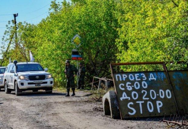 Почему Станица Луганская не может быть образцом для отвода сил в Золотом и Петровском