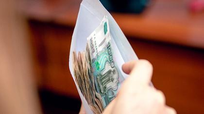 Законопроект о повышении МРОТ прошел первое чтение в госдуме