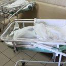 Медики объяснили, почему кемеровчанка с грудным ребенком ждала в коридоре