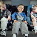 Зеленский разрешил штрафовать за перевозку детей без автокресла