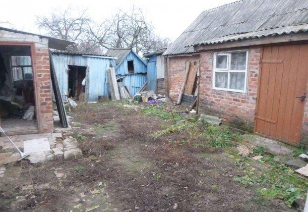 В Сумской области мужчина пытался продать дом с телом убитой жены (фото)