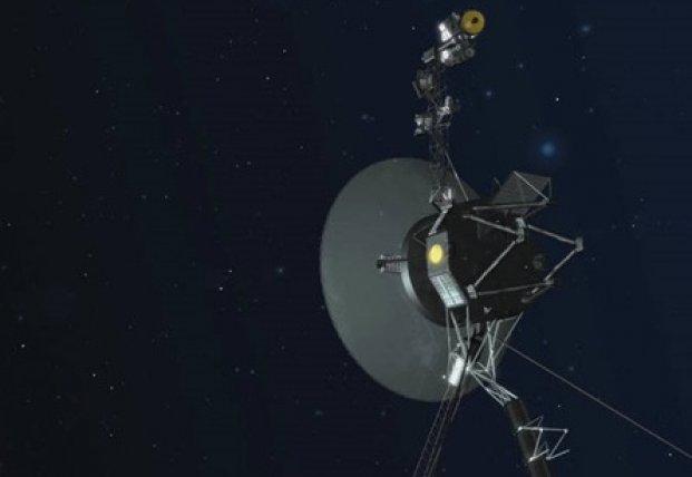 Спустя 40 лет получены данные зонда Voyager-2 (фото)