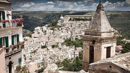 Мэр сицилийского города начал бесплатно раздавать дома