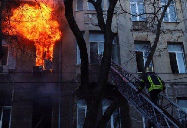 В Одессе объявили двухдневный траур в связи с пожаром