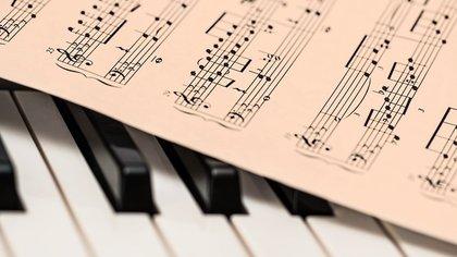 Мишустин является автором музыки двух песен Лепса