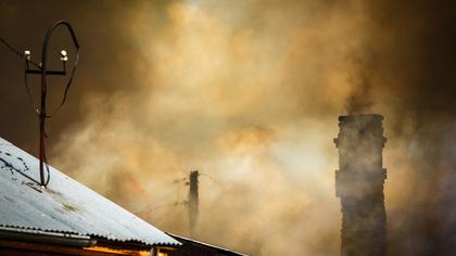 Сразу несколько частных бань сгорело в новогоднюю ночь в Кузбассе