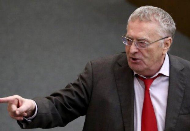Перепуганный Жириновский в белых перчатках вызвал волну смеха в Госдуме (видео)