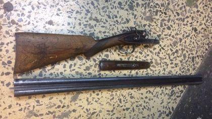 Пожилой беловчанин пришел к правоохранителям с незарегистрированным ружьем