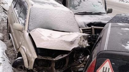 Младенец пострадал в массовой аварии в Кузбассе
