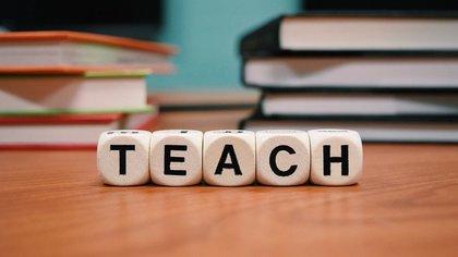 Астраханская учительница получила условный срок за совращение ученика