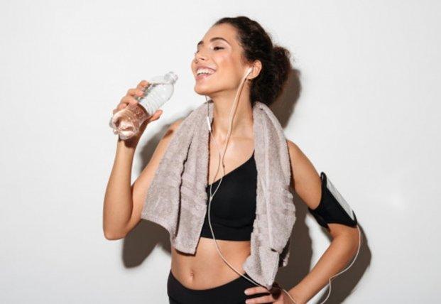 Медики назвали самый эффективный напиток для быстрой потери веса
