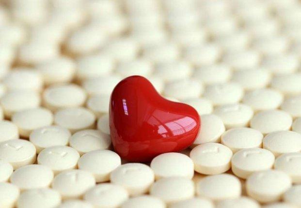 Кардиологи рассказали, кому необходимо принимать аспирин