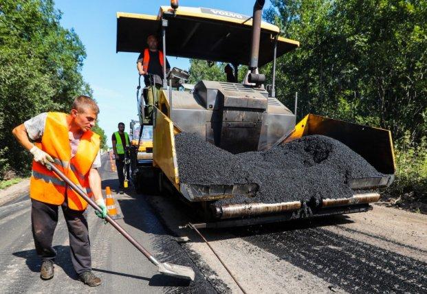 Рада направила средства из фонда борьбы с COVID-19 на ремонт дорог
