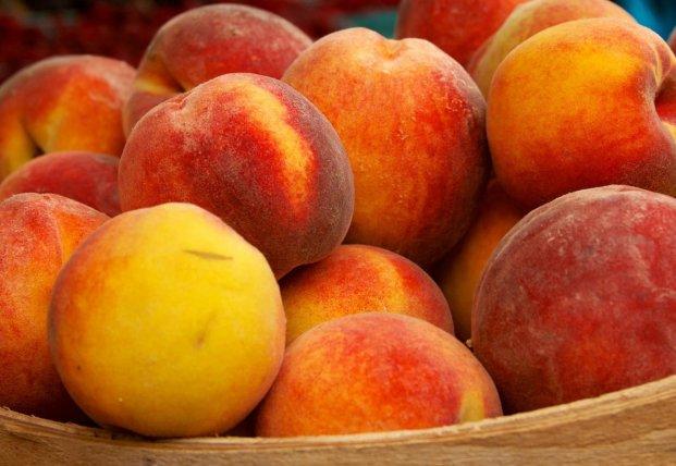 Медики рассказали, какой фрукт снижает уровень холестерина в крови