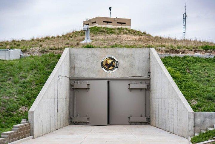 Люксовые бункеры: как богатейшие люди планеты готовятся к концу света