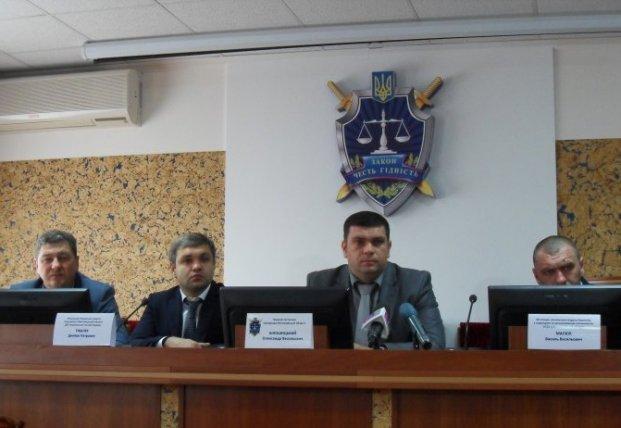 Зеленський створює нову молоду команду, у якої є нові схеми нелегального заробітку