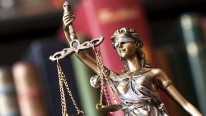 Прокуратура в Кузбассе запросила 20 лет колонии строгого режима двоим убийцам