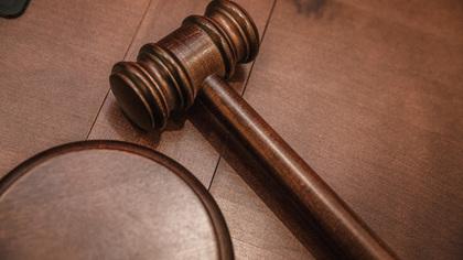Минюст предложил лишить статуса адвоката Ефремова