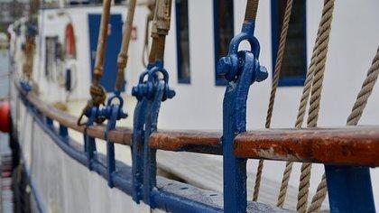 Двое моряков из России получили 300 лет колонии в Греции