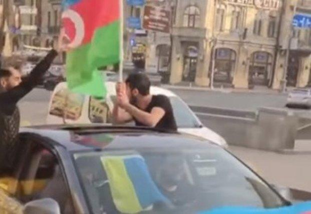 В Киеве иностранцы устроили стрельбу (видео)