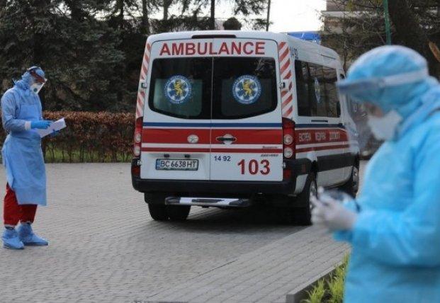 В Украине уже 230 тыс. случаев COVID-19, за сутки - 3774