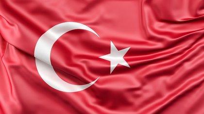 Турция рассмотрит возможное закрытие страны для туристов из-за коронавируса