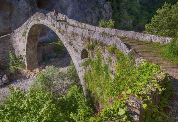 Археологи обнаружили самый старый мост времен средневековья