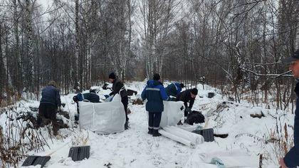 Мусорщики завалили лесополосу в Кемерове опасными медицинскими отходами