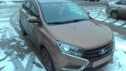 Легковушка при движении назад сбила пенсионерку возле кузбасского магазина