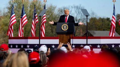 Советник Трампа опроверг информацию об организации митингов
