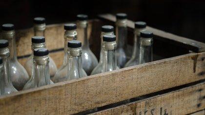 Кемеровчанин заплатит миллионный штраф за организацию нелегального производства алкоголя